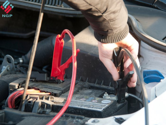 how to change car battery without losing settings